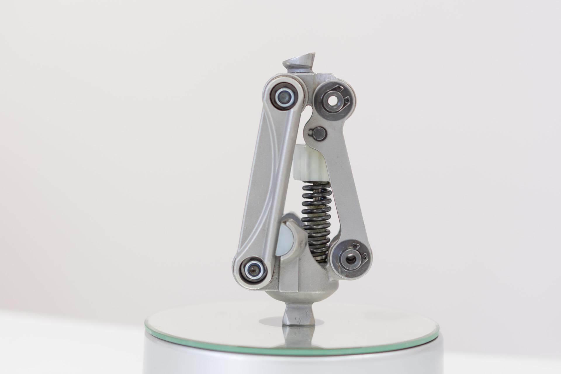 механизъм от протеза за крак - Ортомедикс