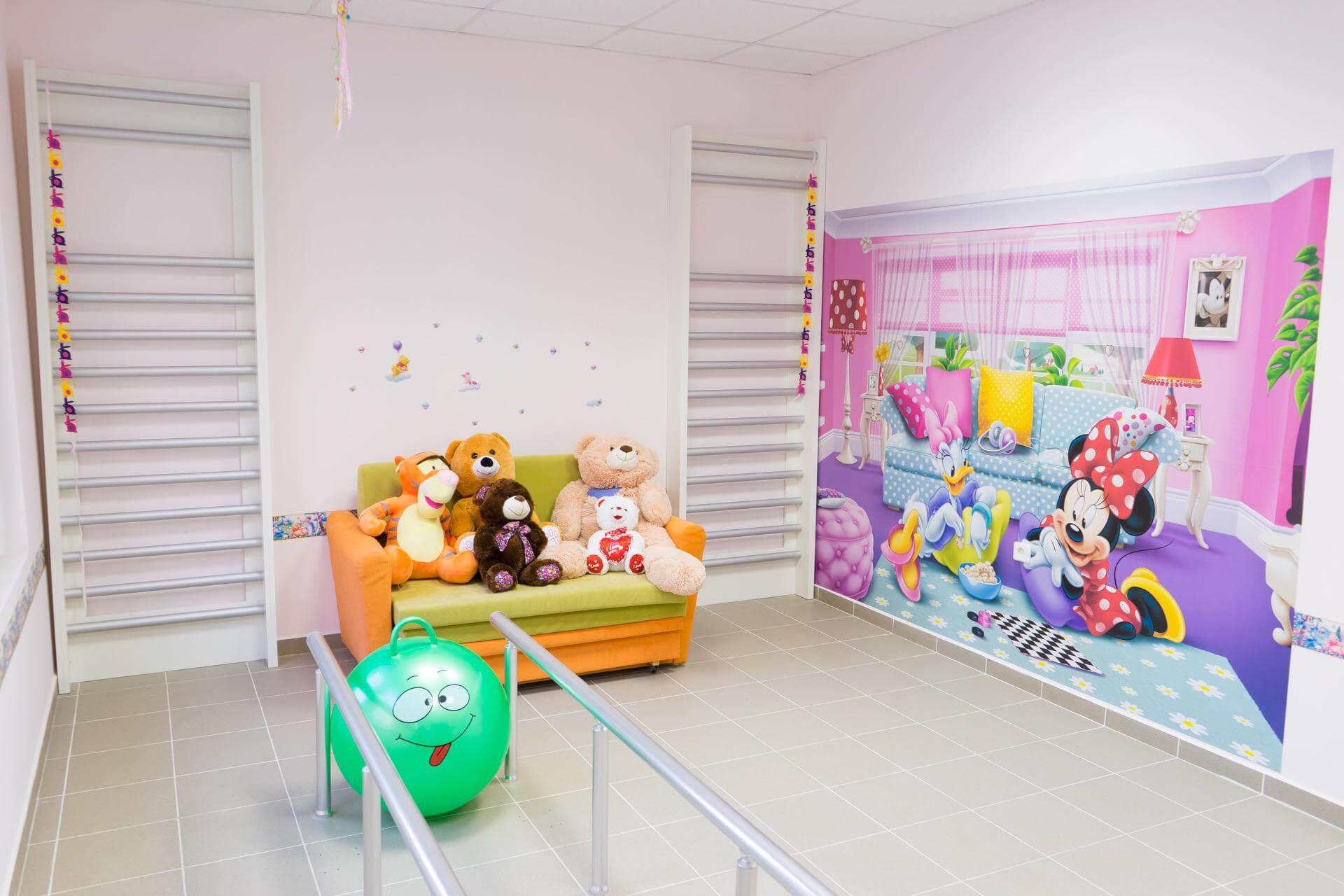 Протезиране на деца - детска рехабилитационна стая - Ортомедикс